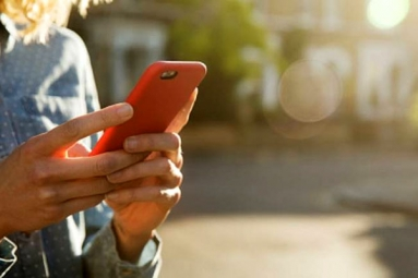 Your Smartphone Apps may Secretly Capturing your Phone Activity: Study